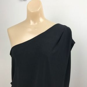 Vince Camuto L Black One Shoulder Shirt